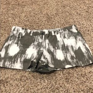 GAP Summer Short Green and White Size 6